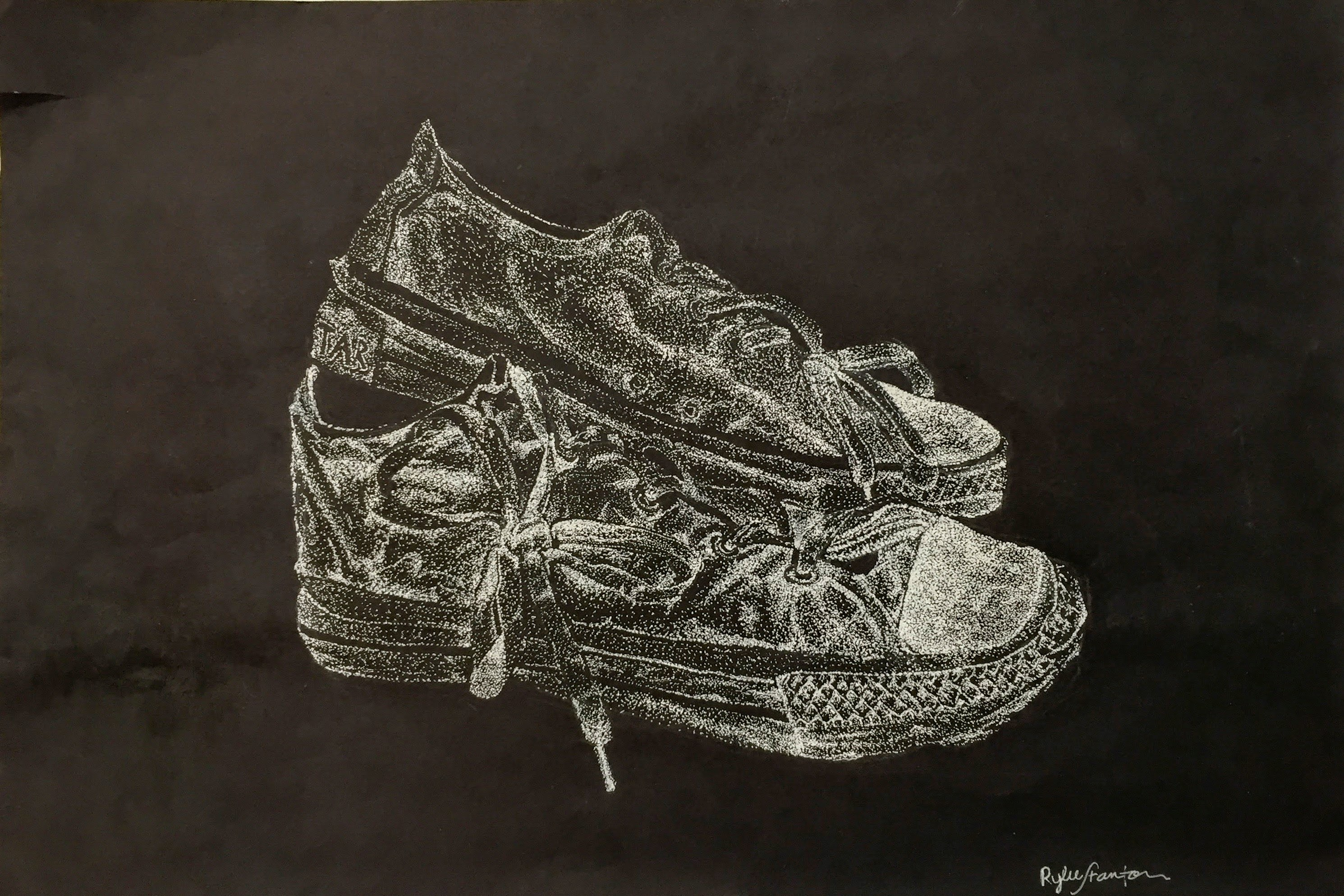 2 Shoes in White Pointillism